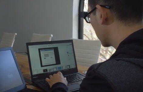 Джошуа Хо, генеральный директор Referral Rock, использует Snagit на своем ноутбуке
